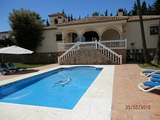 FABULOUS 5 BED 5 BATH SECLUDED VILLA WITH PRIVATE POOL & GARDEN. BEACH 10 MINS