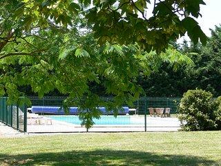 La Rivoire - maison proche du village et des plages avec piscine
