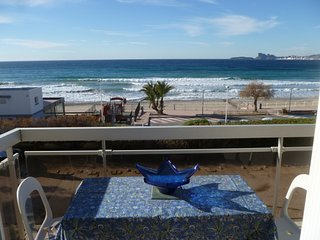 3 bedroom Apartment in Saint-Cyr-sur-Mer, France - 5051561