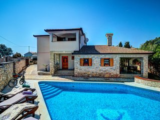 4 bedroom Villa in Kavran, Istria, Croatia : ref 5629359
