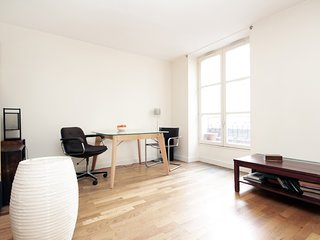 Nice apartment close to Louvre & Opera