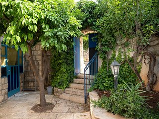 Tzfat (Safed) Enchanted Garden Guest House