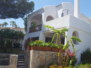 Luxury Modern Villa in Le Village close to Puerto Banus & Golf