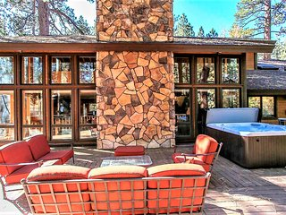 ~Winter Sets Inn~Impeccably Furnished Upscale Home~Packed With Fun & Entertainme