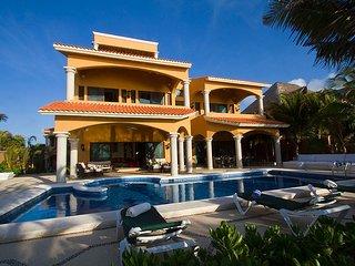 Hacienda Caracol - Luxurious 10 bedroom villa in Soliman Bay, Tulum