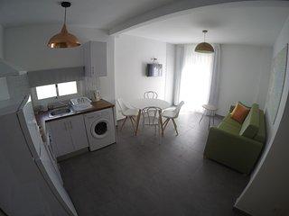 Apartamento de diseño con Jacuzzi y jardín