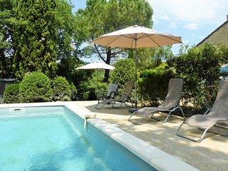 Ancienne bergerie provencale avec piscine