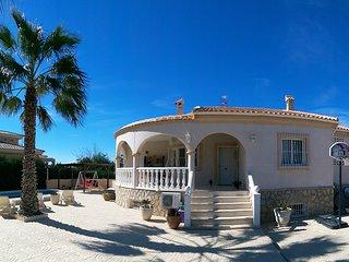 Detached Villa La Marina, Alicante