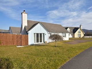 Aviemore Luxury Cottage 'Struan'