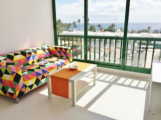 Playa Chica Apartment. Sea views and 1 min walk from the beach