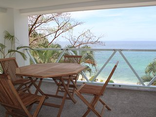 2 Bedroom, with pool and view to best beach in PV
