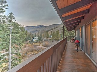 #New! Vail Creekside 1BR + 1 Loft BR w/ Mtn Views!---free shuttle to skiing