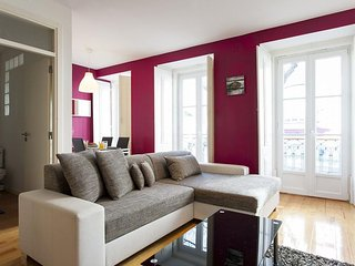 Classic Principe Real apartment in Bairro Alto with WiFi & balcony.