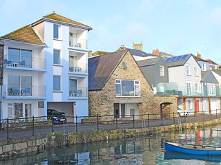 St Piran - harbour side apartment