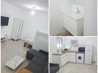 Top Studio Central Haifa - Akko - Beach. BEST FIND