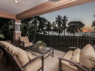 Luxurious Oceanfront Sunset View Condo at Los Suenos! Great for Families!