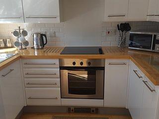 Refurbished 3 Bedroom Home near to Beach Conwy Golf Club Llandudno 5m No Pets