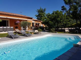 VILLA PLAIN PIED AVEC PISCINE PRIVATIVE