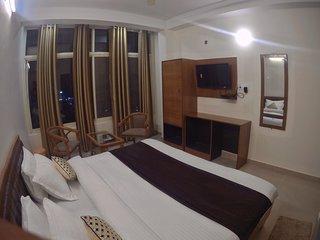 HOTEL GRACE GANGA.