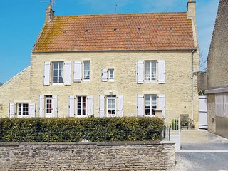 3 bedroom Villa in Longues-sur-Mer, Normandy, France : ref 5441977