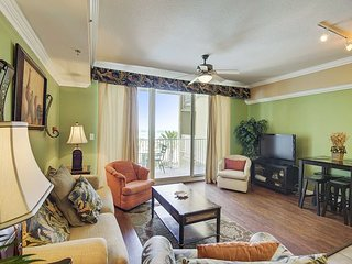 2Bd/ 3 Ba~FREE activities with EVERY stay! Book this luxurious condo TODAY!