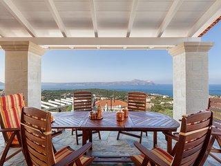 Villa Mosaico luxury villa with views to the sea