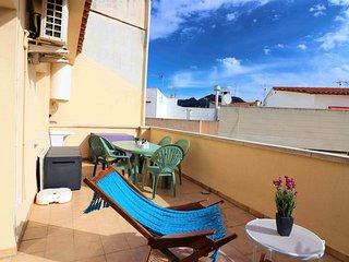 Apartamento alquiler a 100 mtrs de la playa en Roses-JOC PILOTA