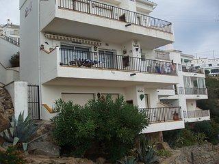 Apartamento Canyelles-Roses vistas al mar  en alquiler- Garbinell