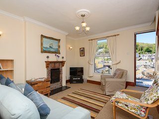 Onaway - Town centre, pet friendly property