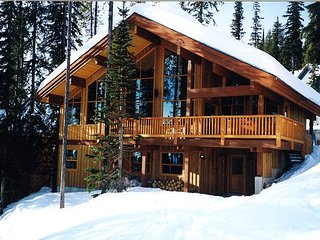 Crystal View, a beautiful stand alone family vacation, ski in ski out
