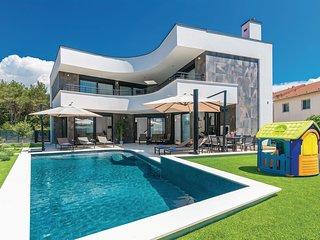 5 bedroom Villa in Biograd na Moru, Zadarska Zupanija, Croatia : ref 5551467