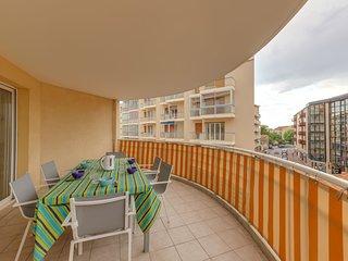 2 bedroom Apartment in Saint-Raphael, Provence-Alpes-Cote d'Azur, France : ref 5