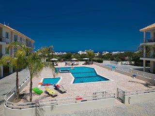 Cyprus Apartment Palm 106 Gold