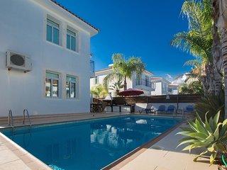 Cyprus Villa Mesogios 24 Gold