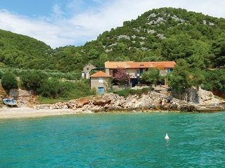 3 bedroom Villa in Gdinj, Splitsko-Dalmatinska Županija, Croatia : ref 5543771