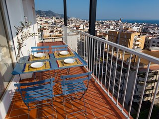 The Blue apartment, amazing views Sitges