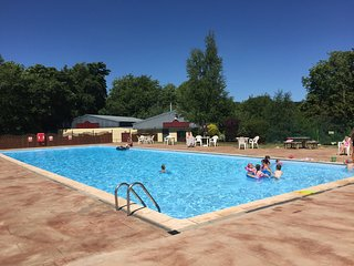 Six person Chalet on beautiful holiday park. Dog friendly .