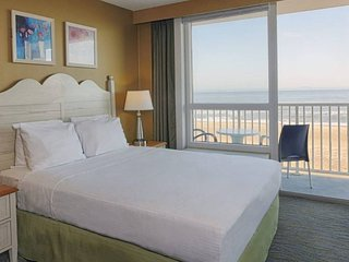 Virginia Beach Ocean Front villa 6/29-7/6/2018 $1,575 a week