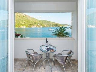Lovely sea view studio apartment