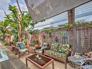 Breezy Honolulu Apt - Walk to Waikiki & Beach!