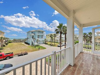 Dog-friendly home w/ oceanview, private pool & shared hot tub - close to beach!