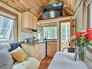 Modern Tiny Home - 5 miles from Idaho Springs!