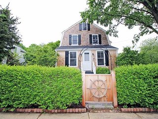 In-Town Vineyard Haven Home
