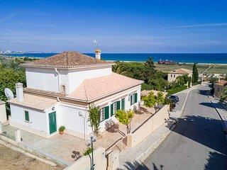 Casa da Meia-Praia