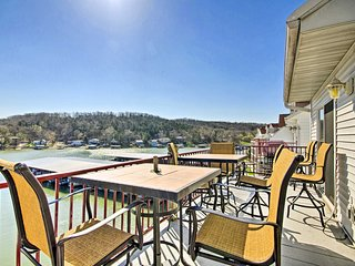 NEW! Lake of the Ozarks Resort Condo w/ Boat Slip!
