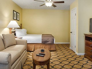1S Wyndham Patriots' Place 1 Bedroom with kitchenette