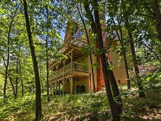 Lake Arrowhead House - 5 Minute Walk to the Lake!