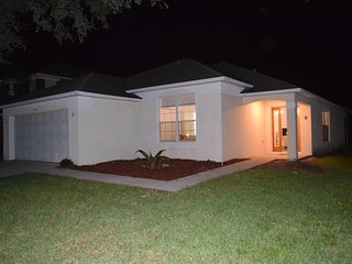 Luxury Golf Villa With Private Pool At Southern Dunes Golf Near Disney free wifi