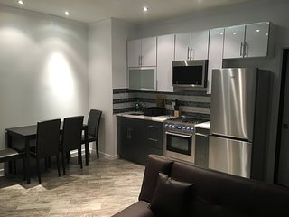 Amazing 2 Bed Apt-5 Mins to Subway-10 Mins to Manhattan!