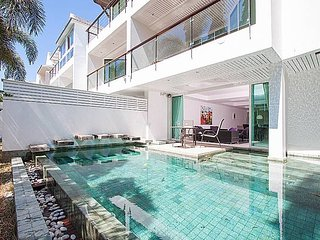 4 Bed Golf Pool Villa Sleeps 10 Phuket by HVT (B) by HVT